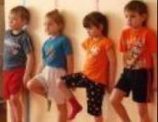 Вправи для виправлення і правильної постави для дітей